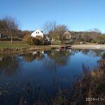 Venkovská usedlost s rybníkem